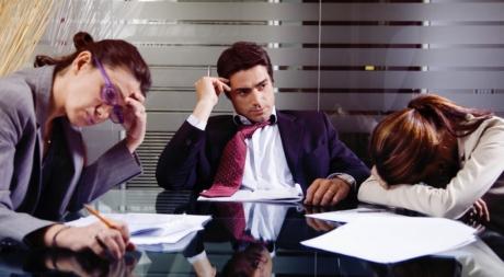 5 dấu hiệu tiết lộ môi trường làm việc của bạn độc hại về tâm lý