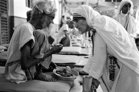 15 câu nói của Mẹ Teresa đáng lấy làm châm ngôn sống