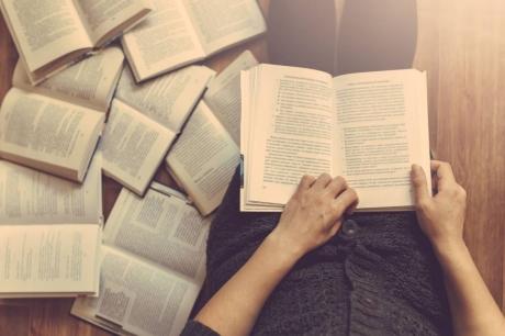 7 bí quyết để đọc được nhiều sách như Bill Gates, Elon Musk hay Obama