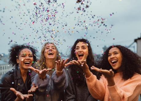 4 điều kỵ trong quan hệ bạn bè