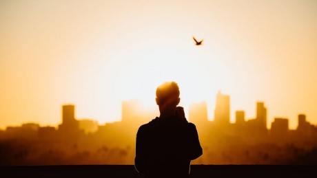 Quá cố chấp thường khiến cho các mối quan hệ rạn vỡ