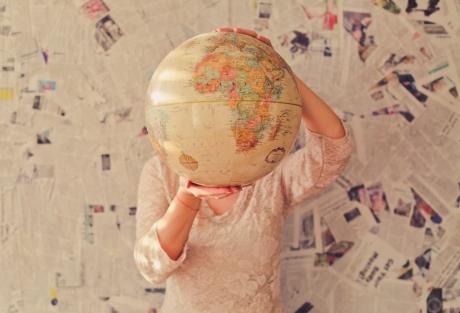 Đừng cầm bản đồ của người khác để dò đường đi của mình