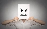 Cách đối phó với 5 kiểu phản ứng tiêu cực của nhân viên