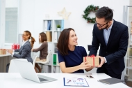 Những điều phải nhớ trước khi mua quà tặng người khác