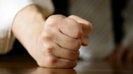 20 câu nói giúp bạn kiềm chế bực tức để không giận quá mất khôn