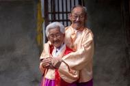 Bài học hôn nhân từ câu chuyện tình già 75 năm khiến nhiều người thổn thức