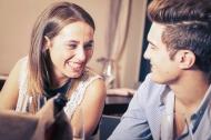6 bí quyết để nàng trở nên có duyên hơn trong ăn nói