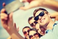 """5 tư thế """"selfie"""" đẹp và những mẹo cho bức ảnh hoàn hảo"""