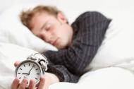 Ngủ nhiều hay ít có làm việc tốt không? Hãy thử nhìn lịch ngủ của những doanh nhân nổi tiếng thế giới