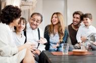 Nghệ thuật nói chuyện để gia đình hạnh phúc