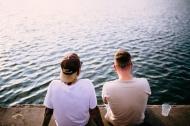 10 kiểu bạn bè tốt nhất hãy tránh xa