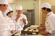 [Video] Học tiếng Hàn qua truyền hình bài 7: Xin cho tôi bánh mì?