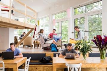 Mô hình Coworking và sự trỗi dậy của thế hệ trẻ thích xê dịch
